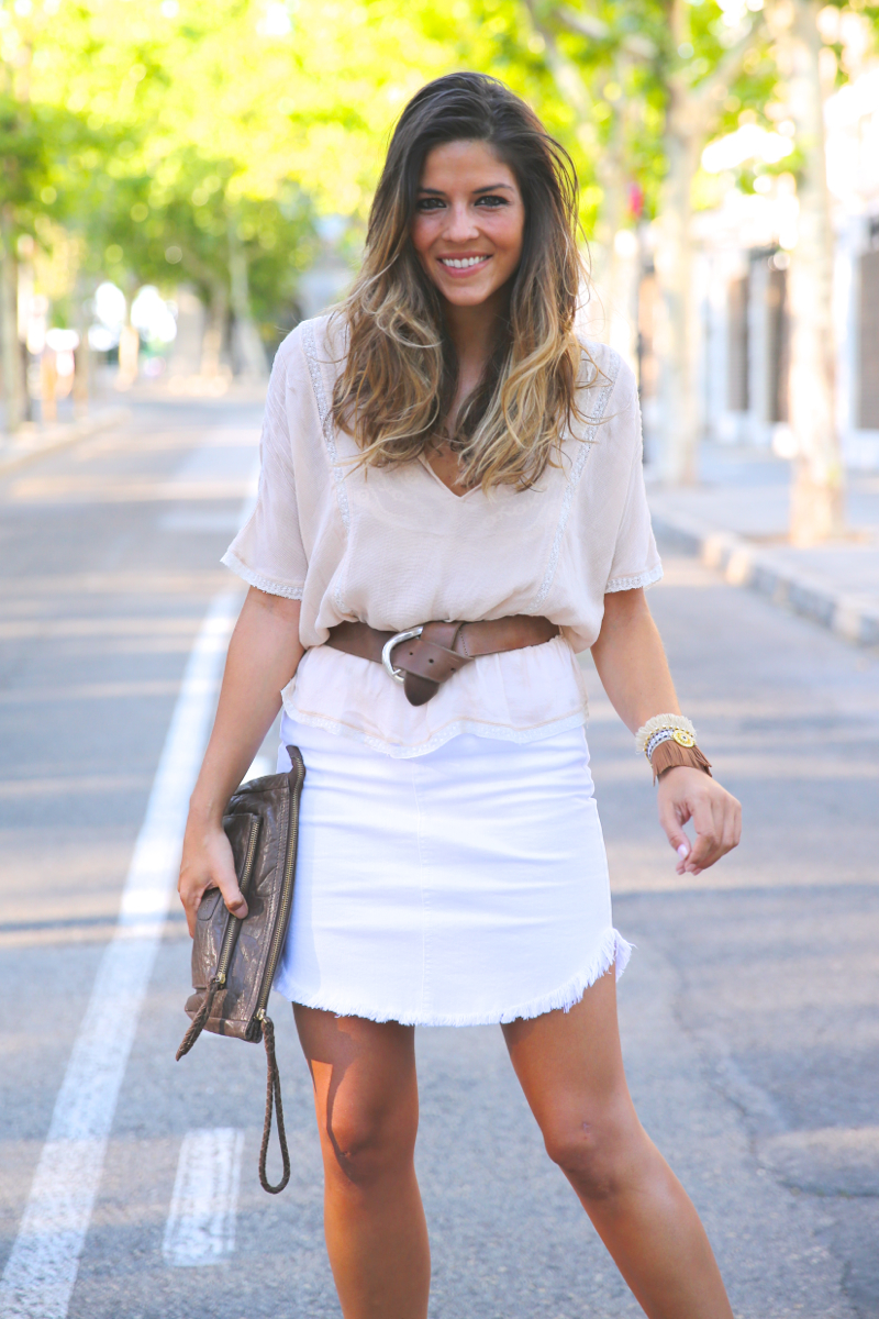 trendy_taste-look-outfit-street_style-ootd-blog-blogger-fashion_spain-moda_españa-white_skirt-falda_blanca-sandalias_cuña-wedged_sandals-8