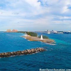 This is my #favoriteshot from our cruise on #oasisoftheseas you can read all about it at www.homesweetsunshine.com #homesweetsunshine #newblogpost #crusing #cruise #royalcaribbean #travel #bahamas #nassau #atlantis #paradiseisland