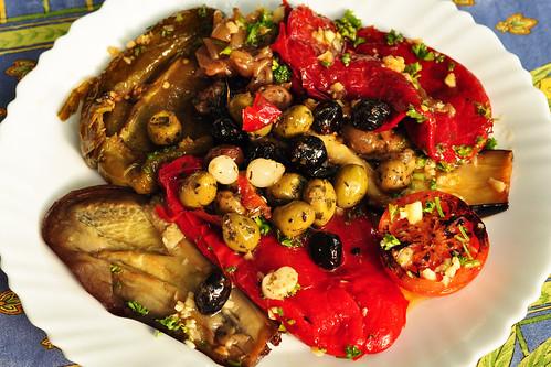 Olive Olivenöl Olivenbaum Gemüse grillen gegrilltes Grillgemüse Kräuter ätherische würzige mediterran Knoblauch Rezept vegetarisch Brigitte Stolle