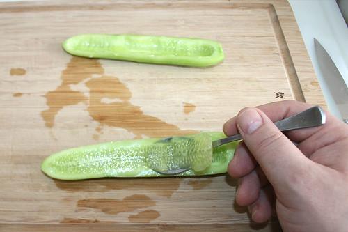 18 - Gurke entkernen / Decore cucumber