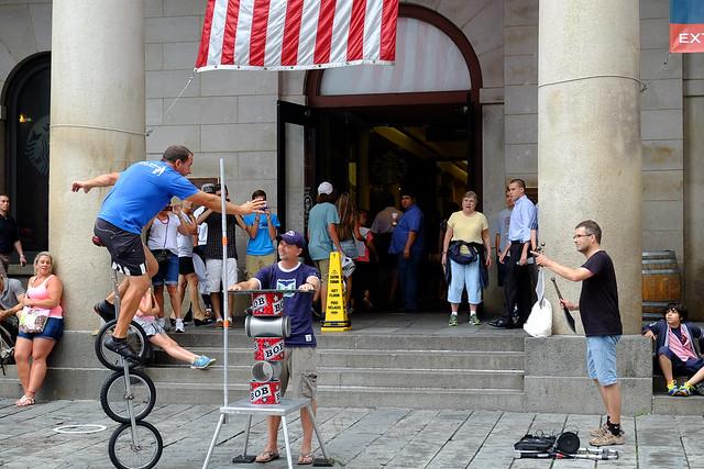 Street performance @ Quincy's Market