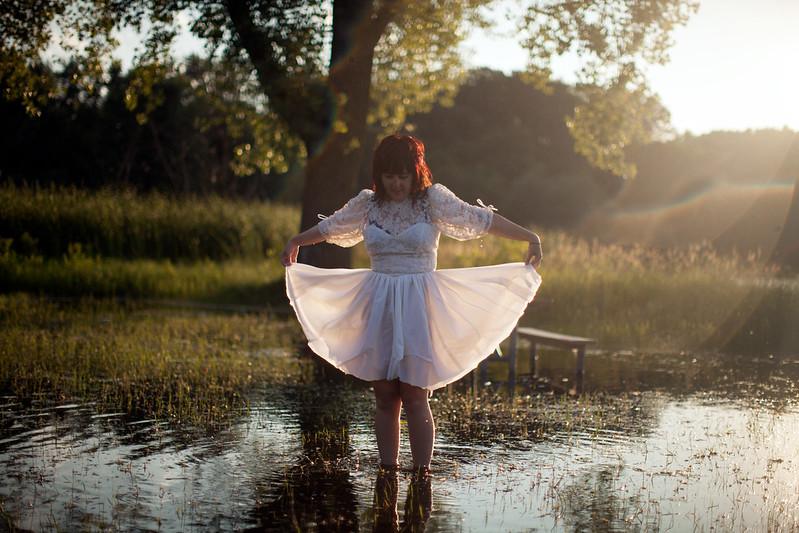 Zena in a damp dress