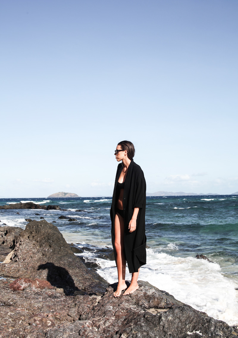 modern legacy fashion blog neoprene bikini ASOS duster coat ocean beach holiday fiji island (4 of 4)