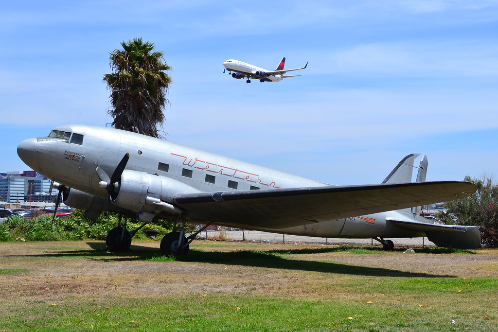 C-53 / DC-3 c/n 7347 at Proud Bird