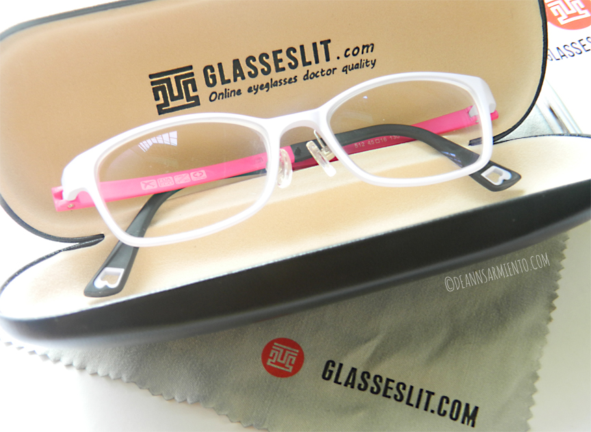 Glasseslit Eyeglasses