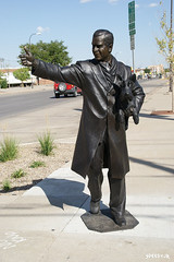 gwb statue