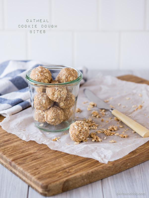 Raw, Vegan Oatmeal Cookie Bites