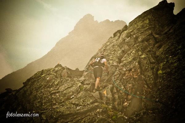 O Hollon πλησιάζει τα τελευταία 200 μέτρα του Col de la Crosatie στον TDG 2013 (7η θέση). (c): Foto Lanzeni