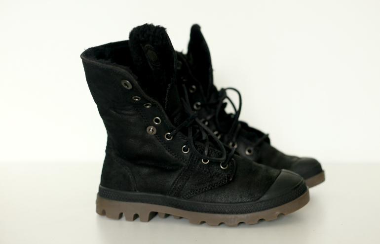 gevoerde zwarte laarzen