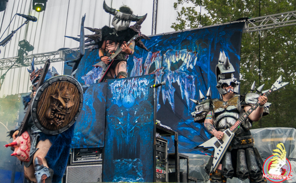 RIOT FEST CHICAGO DAY ONE: GWAR, CLUTCH, USSY RIOT PANEL W HENRY ROLLINS, SLAYER, GOGOL BORDELLO