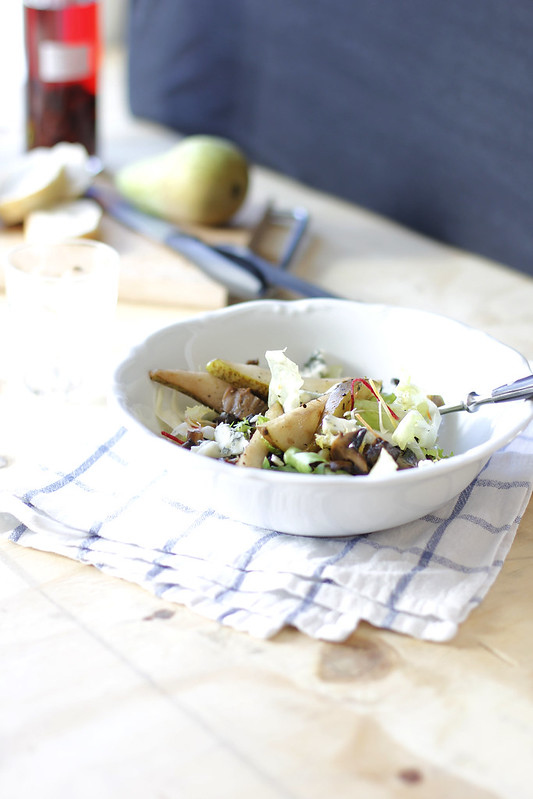 _MG_6184 Ensalada otoñal, hongos, peras, gorgonzola y nueces