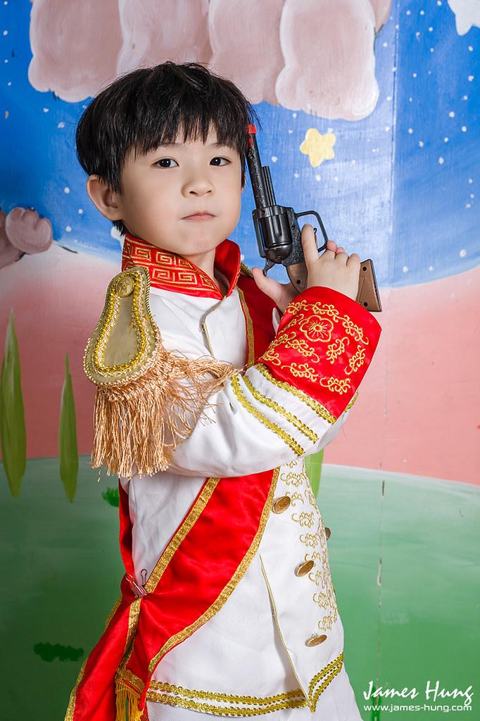 20140611瀚尼幼稚園畢業照038