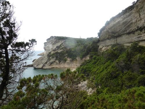 Cala di Labra vue depuis sa sortie Est