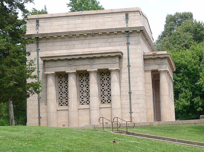 Left side of the Lincoln Birthplace Memorial, taken in June of 2014