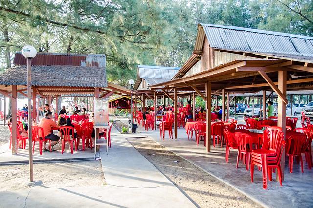 Golden Sea Restaurant (黄金海岸), Pantai Morib, Tanjung Sepat