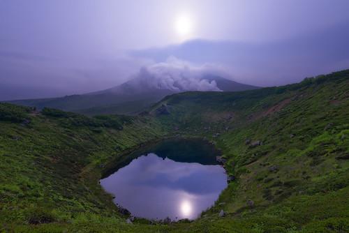 reflection water japan sunrise pond hokkaido hazy 2014 asahidake arcreyes