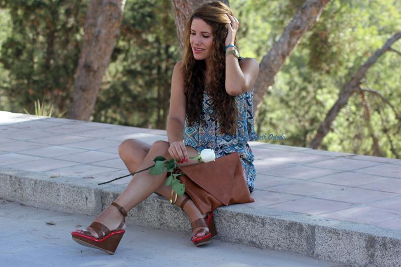 vestido-étnico-oasap-y-cuñas-marrones-zara-HEELSANDROSES-(10)