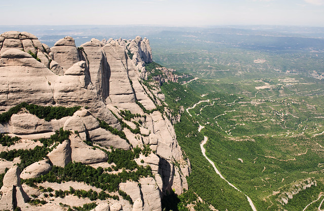 Montserrat-25