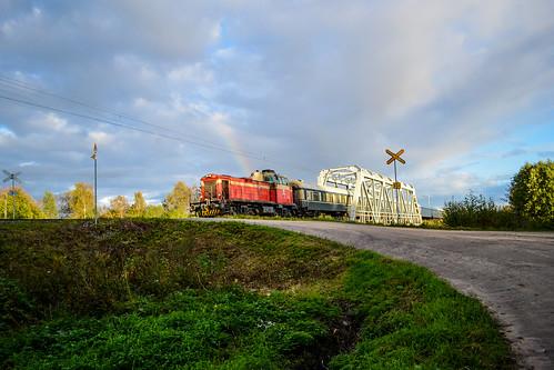 autumn summer train finland rainbow diesel locomotive regional vr dv12 finnishrailways seinäjokivaasa h449