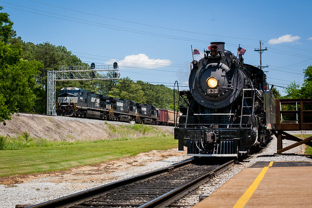 NS 9686 & Southern 630 at Grand Junction
