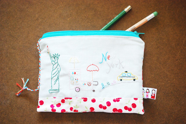 New York Cherry Pouch