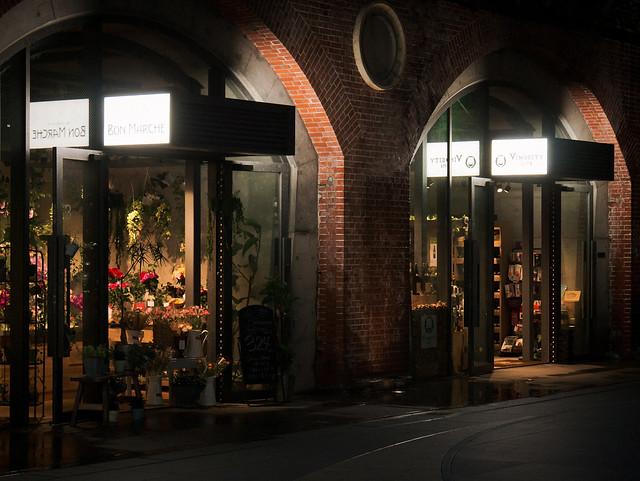 Under the vaults - Florist