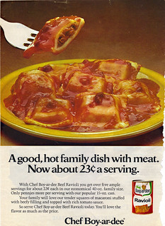 """Chef Boy-ar-dee :: """"A good,hot family dish with meat. .. - """" (( 197x ))"""