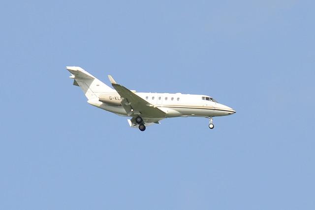 G-KLNE Hawker 900XP