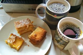 Peet's Coffee Major Dickason's Blend - Pairing with La Boulange goodies