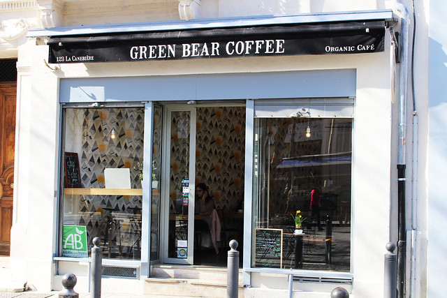green bear coffee devanture