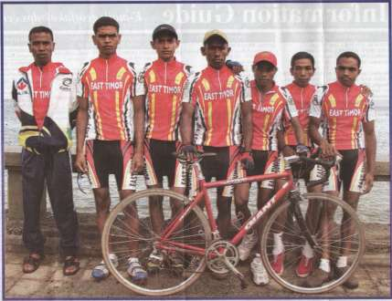 20040430_ETCYCLINGTEAM