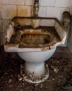 Urbex Toilet