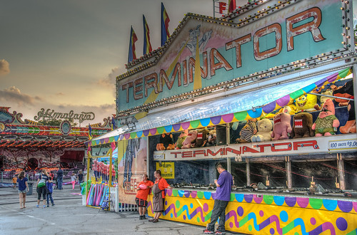 carnival blue atlanta sunset red summer usa game green colors yellow contrast dark georgia lights evening twilight lowlight nikon tramonto sonnenuntergang ride nightshot unitedstates dusk south contest roswell competition wideangle games southern pôrdosol adobe target shooting rides terminator himalaya midway amusements hdr multiplayer goldenhour skill lightroom carnie puestadelsol coucherdusoleil photomatix targetrange peachtreerides d7000 stgrundy