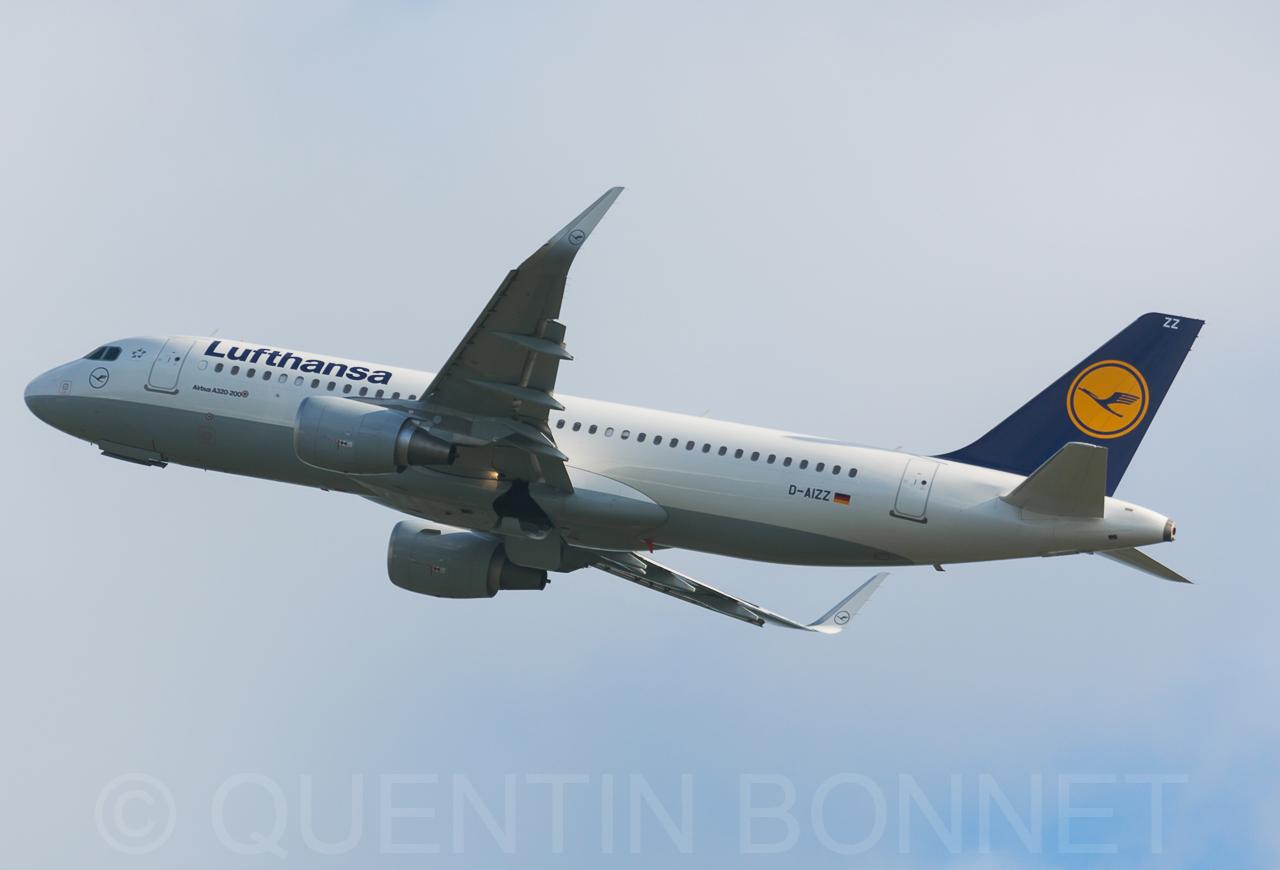 Lufthansa Airbus A320-214(WL) D-AIZZ