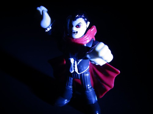 ImagiNext Series 3 Vampire