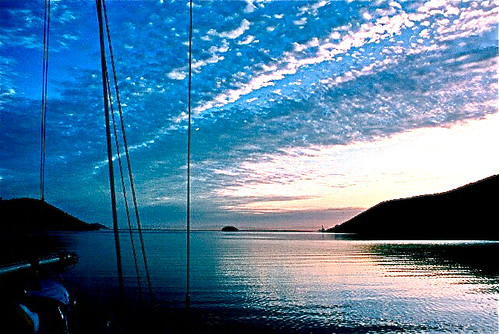 ocean sea sky clouds sunrise mexico boats sailing anchorage guaymas cutter waterscape lasplayitas