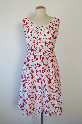 redwhite dress front