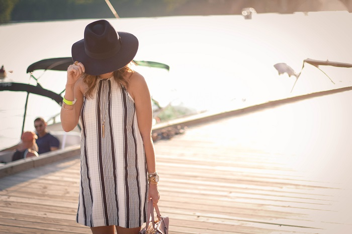 va darling. dc blogger. virginia personal style blogger. swing dress. georgetown waterfront. felt fedora hat. joie sandals. summer style 10
