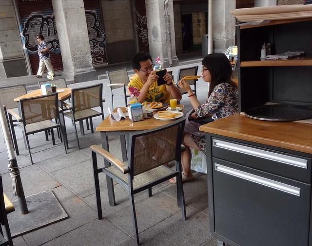 Madrid, Photographing, tasting