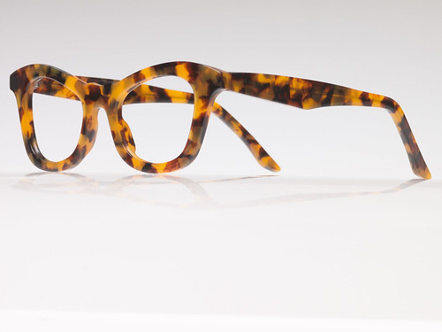 Indivijual Custom Eyewear Designs to Enhance Each Individual Face