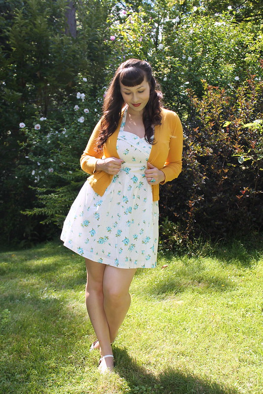 Cardigan halter dress