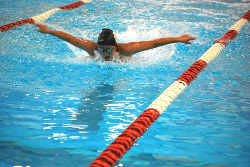 Sports - Alexis Scmidt swimming 2