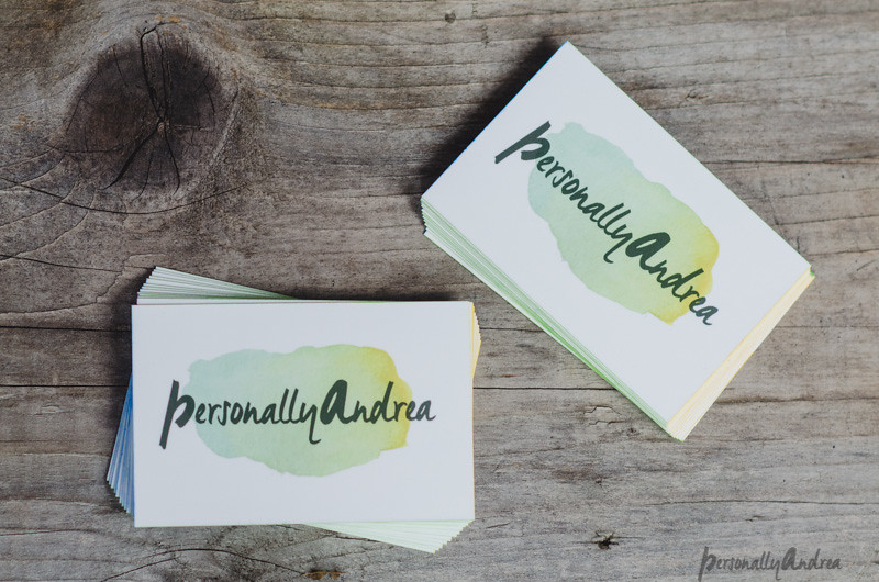 Business cards with ombré paint edging | personallyandrea.com