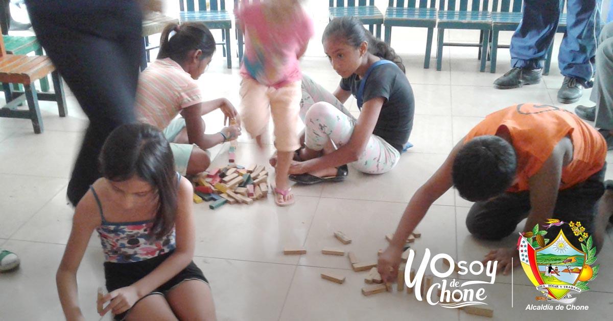 En el Centro Infanto Juvenil de Chone se imparte clases a hijos de los Comerciantes