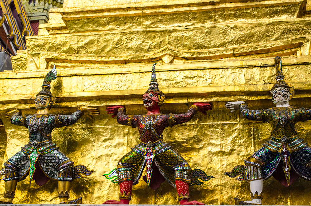 Statues at the Grand Palace