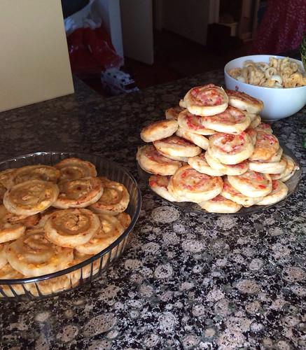 Kinkku- ja fetahyrrät