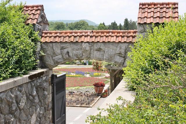 biltmore-estate-walled-garden