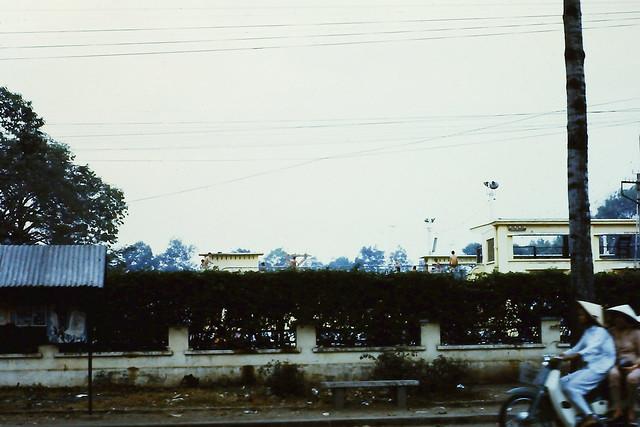 SAIGON 1970-71 - Hồ bơi An Đông (Hồ tắm Đô Thành) trên ĐL Hồng Bàng