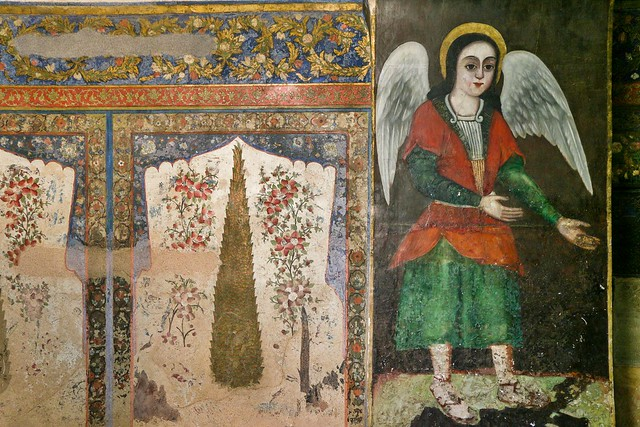 Fresco paintings of cypress and angel in Vank Cathedral, Isfahan, Iran イスファハン、ヴァーンク教会、天使と糸杉のフレスコ画