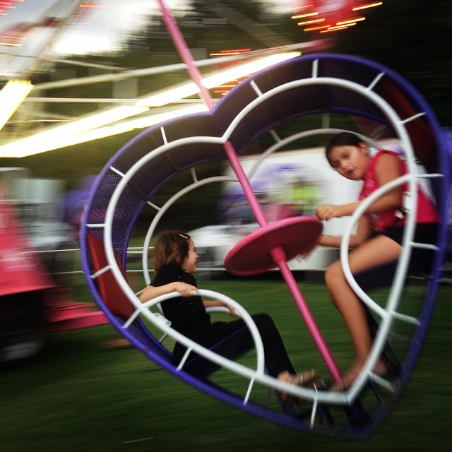 Heart Flip is the girls' favorite ride. ?? #arlingtoncountyfair